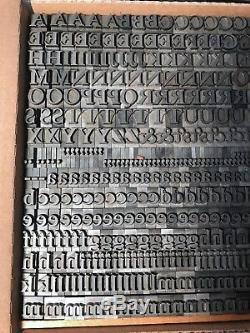 36 PT. Caslon Bold Letterpress Metal Type Rare ATF 817