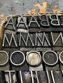 Bernhard Light Italic 36 pt. Letterpress Metal type Printers Type