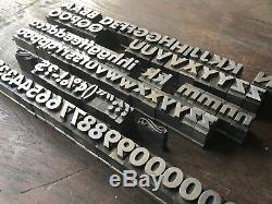 Antique Tout Métal Imprimantes Bloc 108 Pièce Configuration Et Minuscules Alphabet / Nombres
