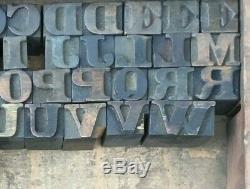 Bloc De Typographie Bois Vintage, Type 60 Lettres, Ponctuation 5/8