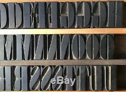 Bloc De Typographie Bois Vintage, Type 61 Lettres, Ponctuation 1 9/16