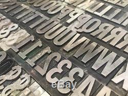 Franklin Gothic 72 Pt Type De Typographie Vintage Plomb De L'imprimante