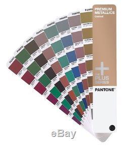 Le Guide Pantone Premium Metallics Est Recouvert De La Série Plus Gg1305
