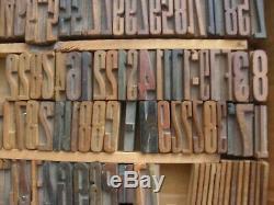 Lot De 697 Bois Typographie Typographie Bloc Alphabet Lettres Chiffres Ponctuation
