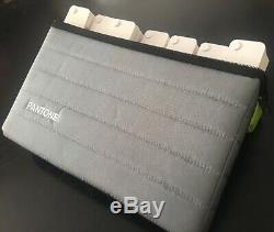 Pantone Portable Guide Studio Kit Complet De L'édition 50e Anniversaire 2013
