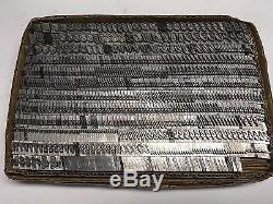 Type Graffa 36 Pt Type De Plomb De L'imprimante Vintage Atf 678