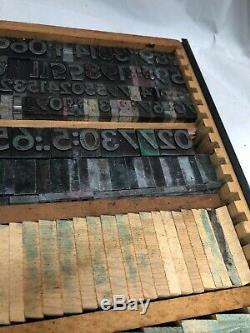 Vtg Grand Plateau Lettres Numéros Métal Et En Bois Encre Tampon Typo Blocs D'imprimante