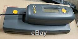 X-rite Dtp45 Auto Scan / Spot Lire Spectrophotomètre Calibrer Grande Imprimante Couleur